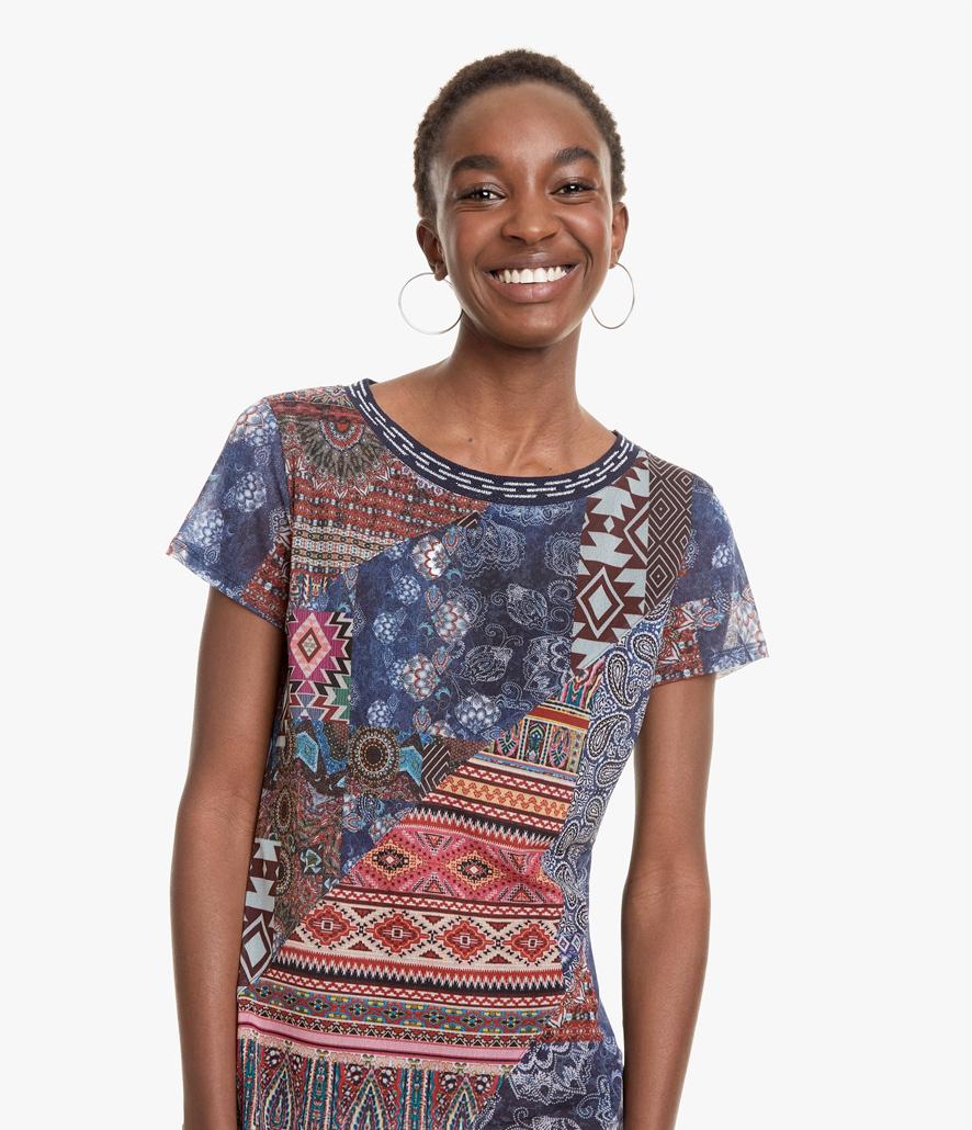 9656f82df Comprar Camiseta Desigual patchwork Lucia al mejor precio