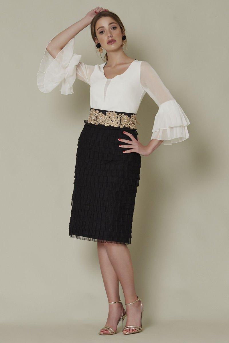 Conjunto SARA RUIZ falda, volantes y fajín