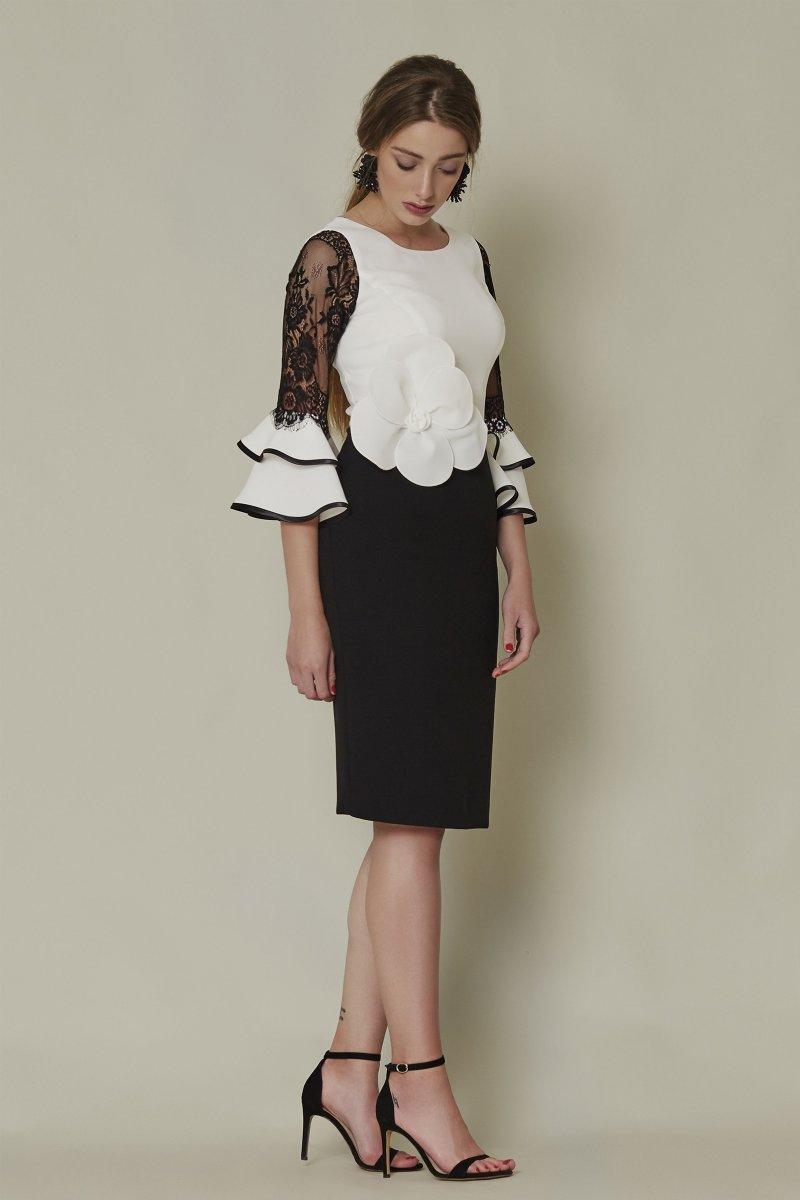 Vestido corto SARA RUIZ con manga francesa